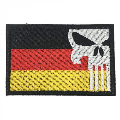 Punisher Patch mit Deutschlandflagge und Totenkopf 8 x 5 cm